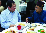 Meeting of two 'vices'… CPHM Vice-Chairman Lee Min Choon and Perkasa ex-Vice-President Zulkifli Nordin.